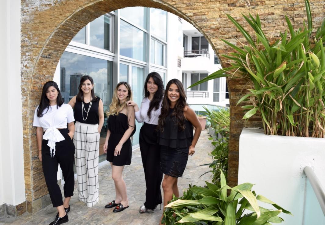 emponderamiento de la mujeres en panama, axxion, mujeres jovenes profesionales